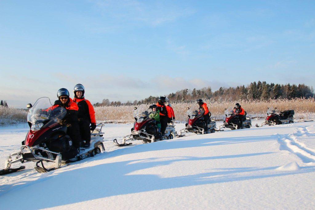 Snowmobile tour Finland archipelago