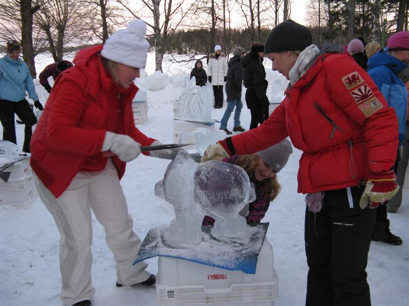 Ice sculpturing event