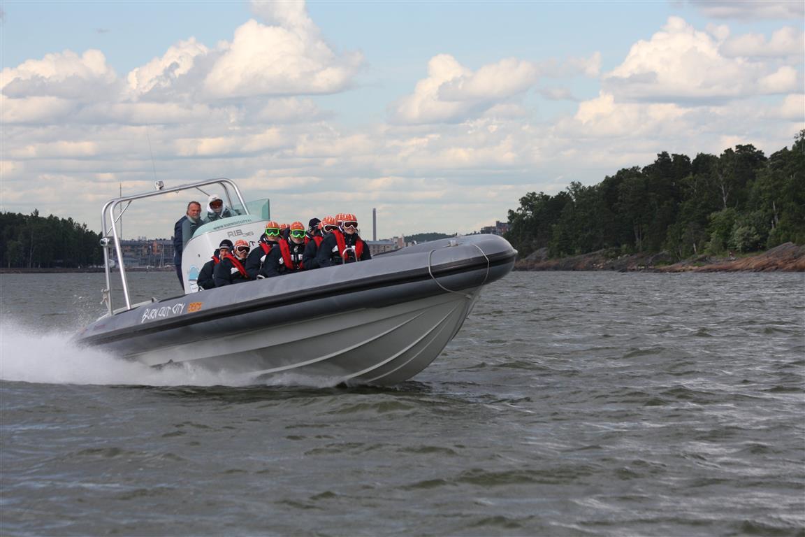 boat charter helsinki
